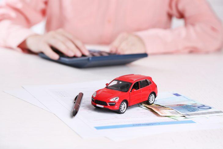 Čo treba zvážiť pred uzatvorením poistky na auto?